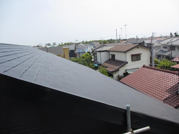 屋根のストレート瓦の浮きを防止