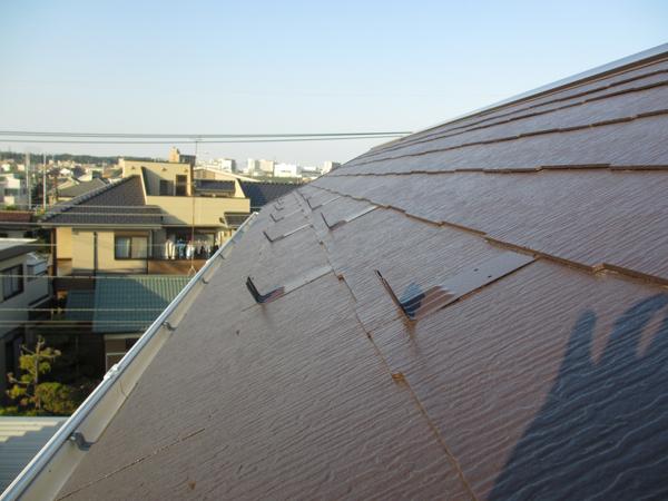 屋根の修繕・塗装。雨漏りの原因は経年劣化。