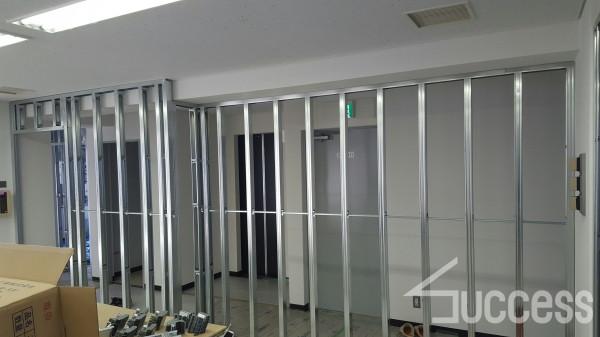 多摩川新宿ビル壁の骨組み_170225_0024